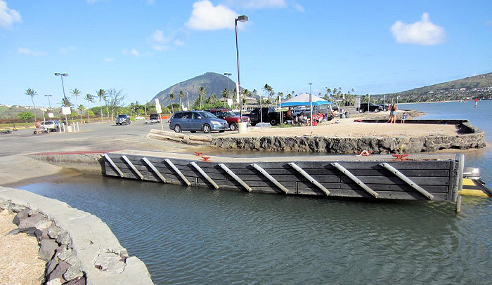 Hawaii Closes Dock at the Maunalua Bay Boat Ramp in East O'ahu